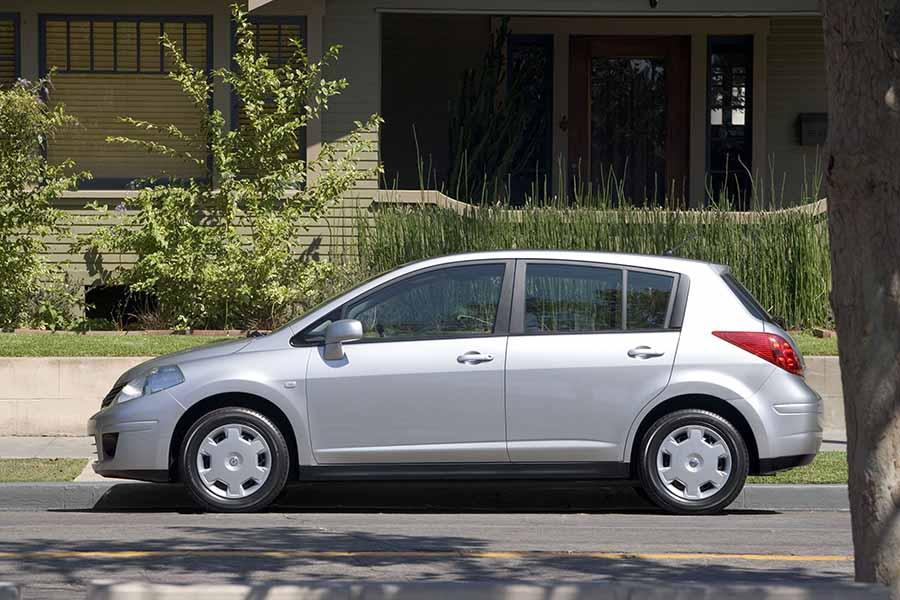 Nissan Versa Airbag Problems